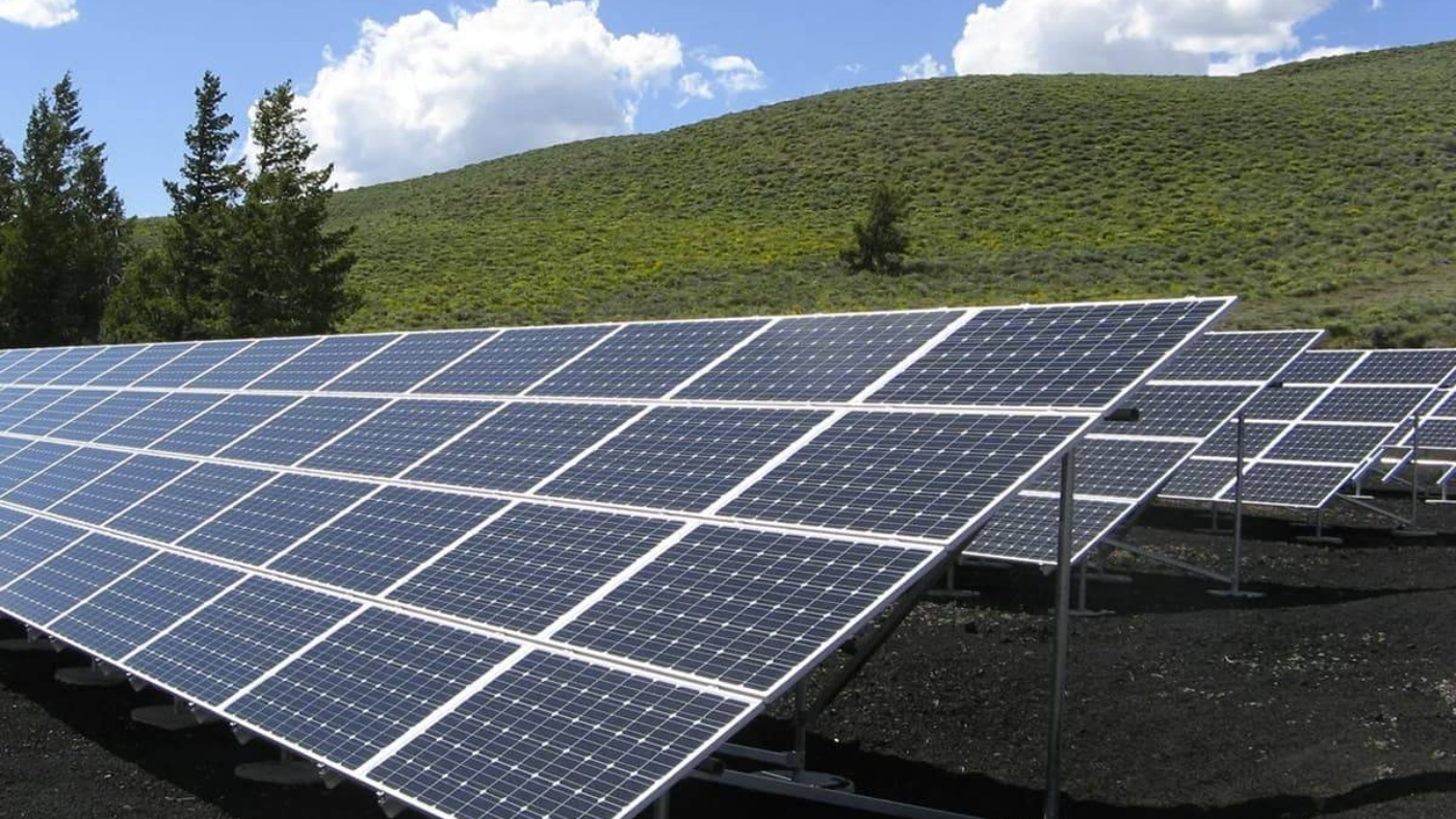 Solar-Panels-1_20201229190316_pexels